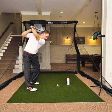 skytrack golf simulator